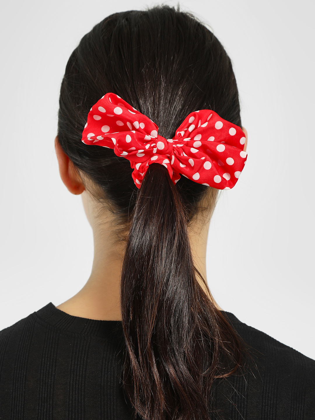 Style Fiesta Red Polka Dot Scrunchie 1