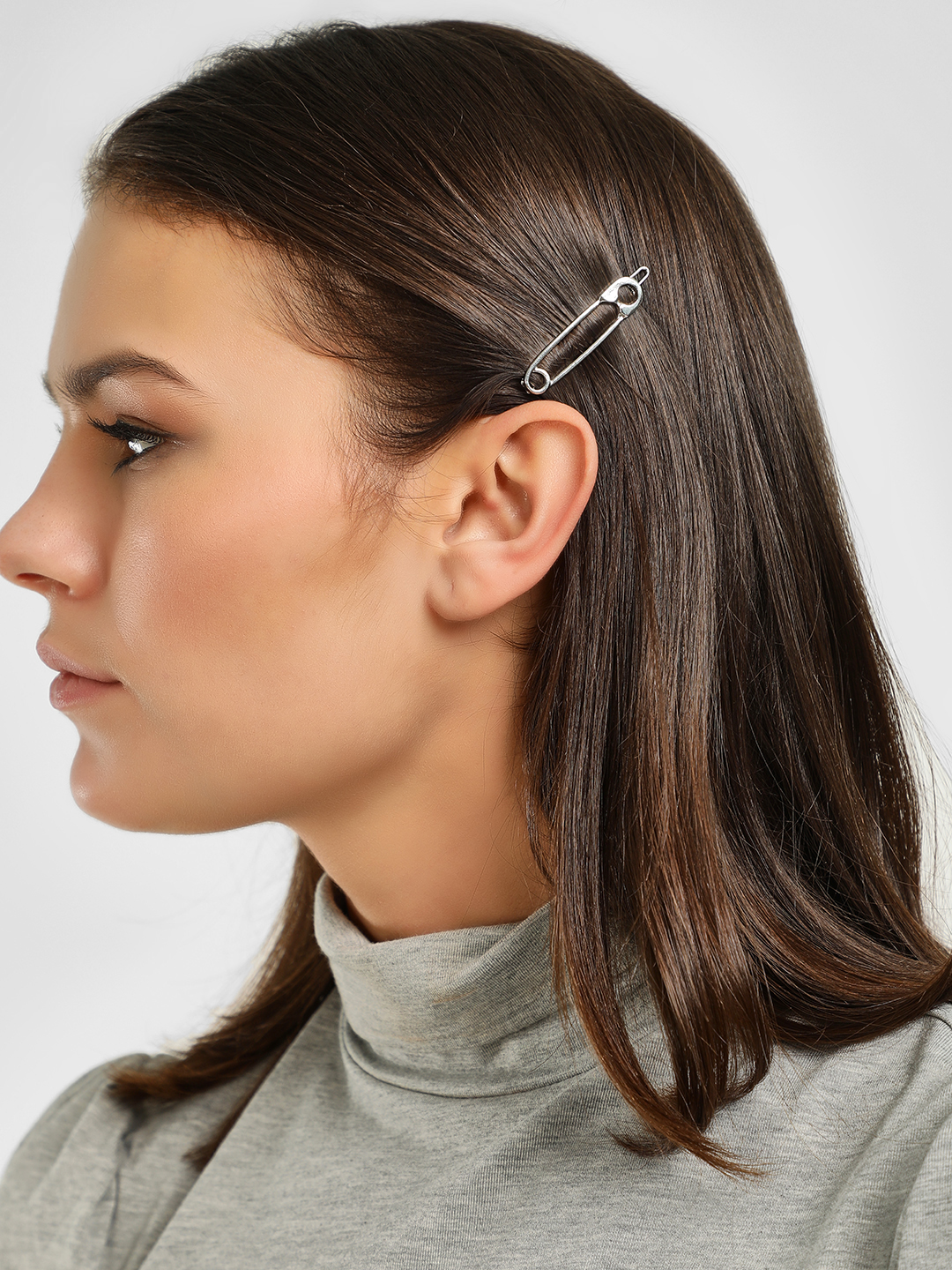 Style Fiesta Silver Safety Pin Hair Clip 1