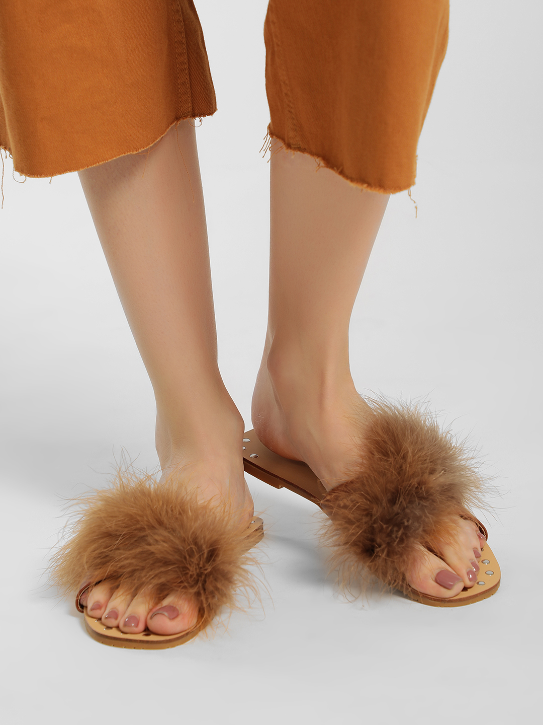 My Foot Couture Brown Fur Cross Strap Flat Sandals 1