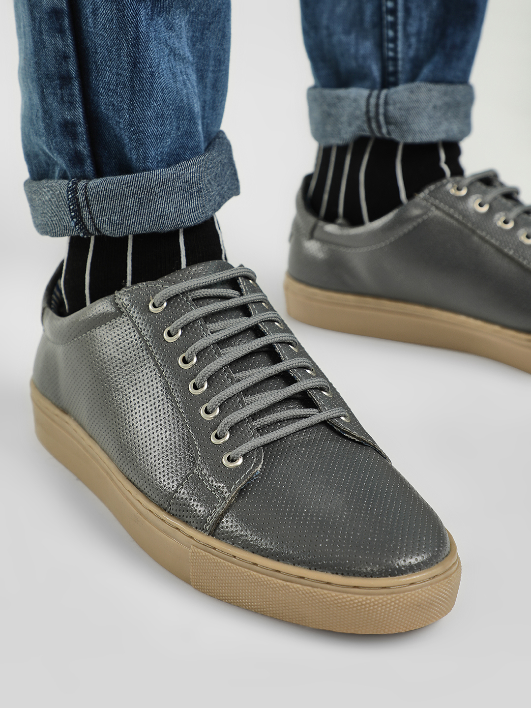 Bolt Of The Good Stuff Grey Contrast Sole Textured Sneakers 1