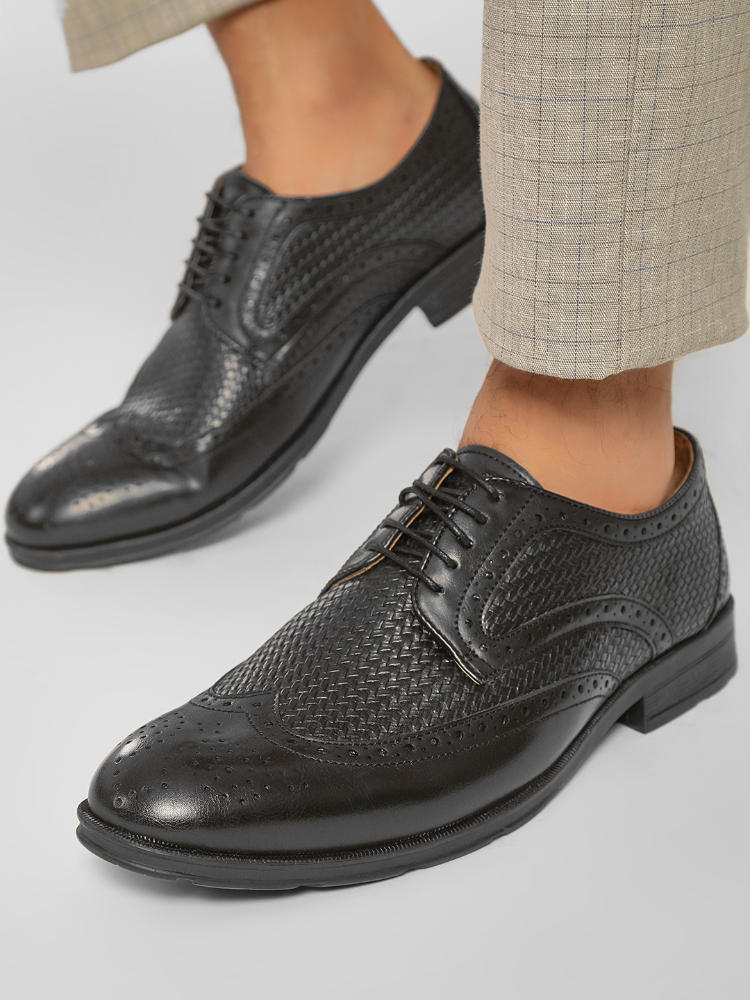 Rodolfo Darrell Black Weaved Brogue Derby Shoes 1