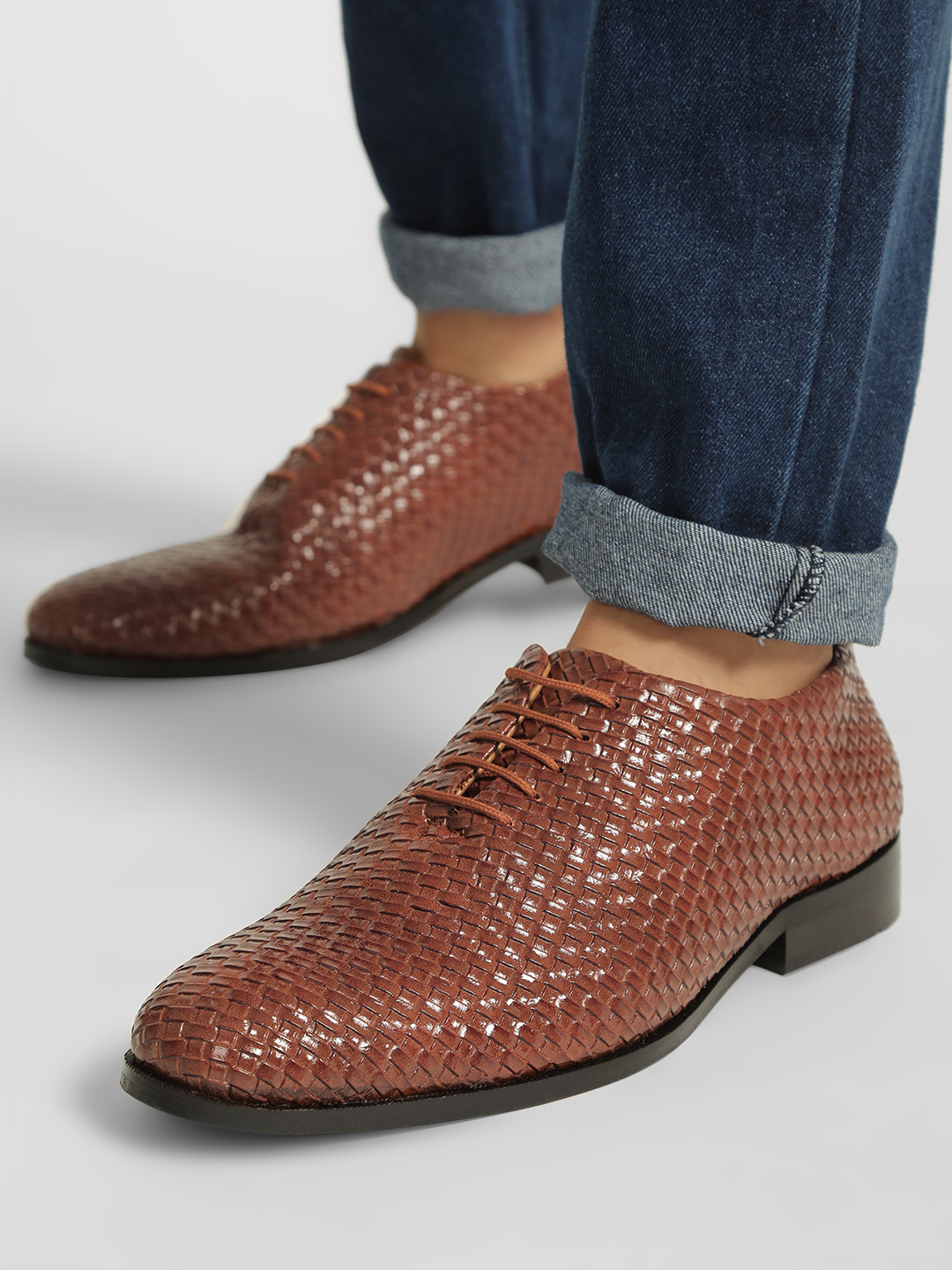 Bolt Of The Good Stuff Brown Weaved Oxford Shoes 1