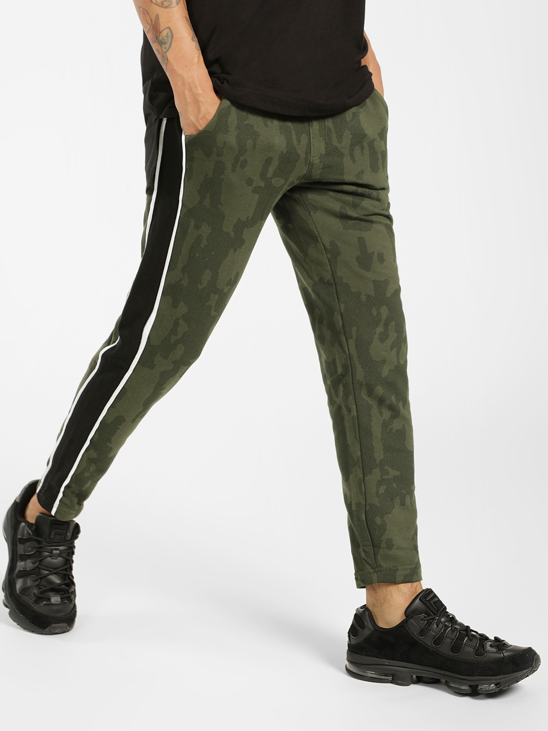 SKULT By Shahid Kapoor Olive Contrast Tape Camo Print Joggers 1