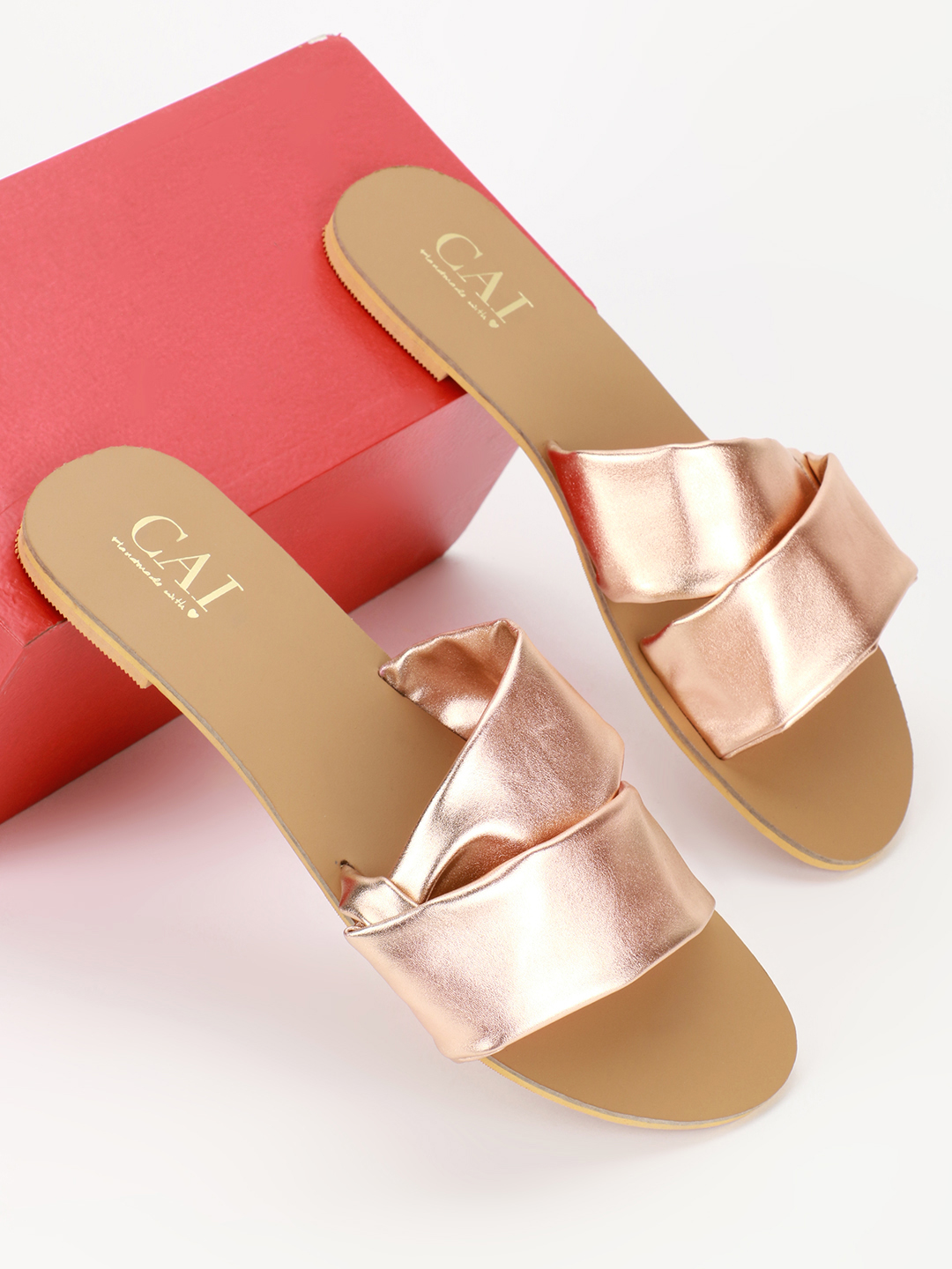 CAi ROSEGOLD Metallic Twisted Strap Flat Sandals 1