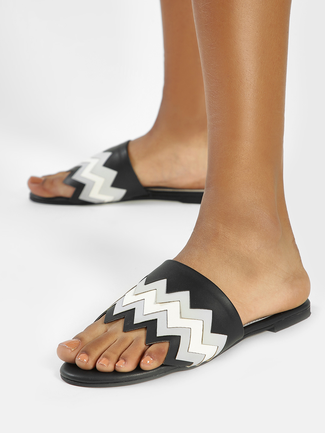 CAi Black Zig Zag Colour Block Strap Flat Sandals 1