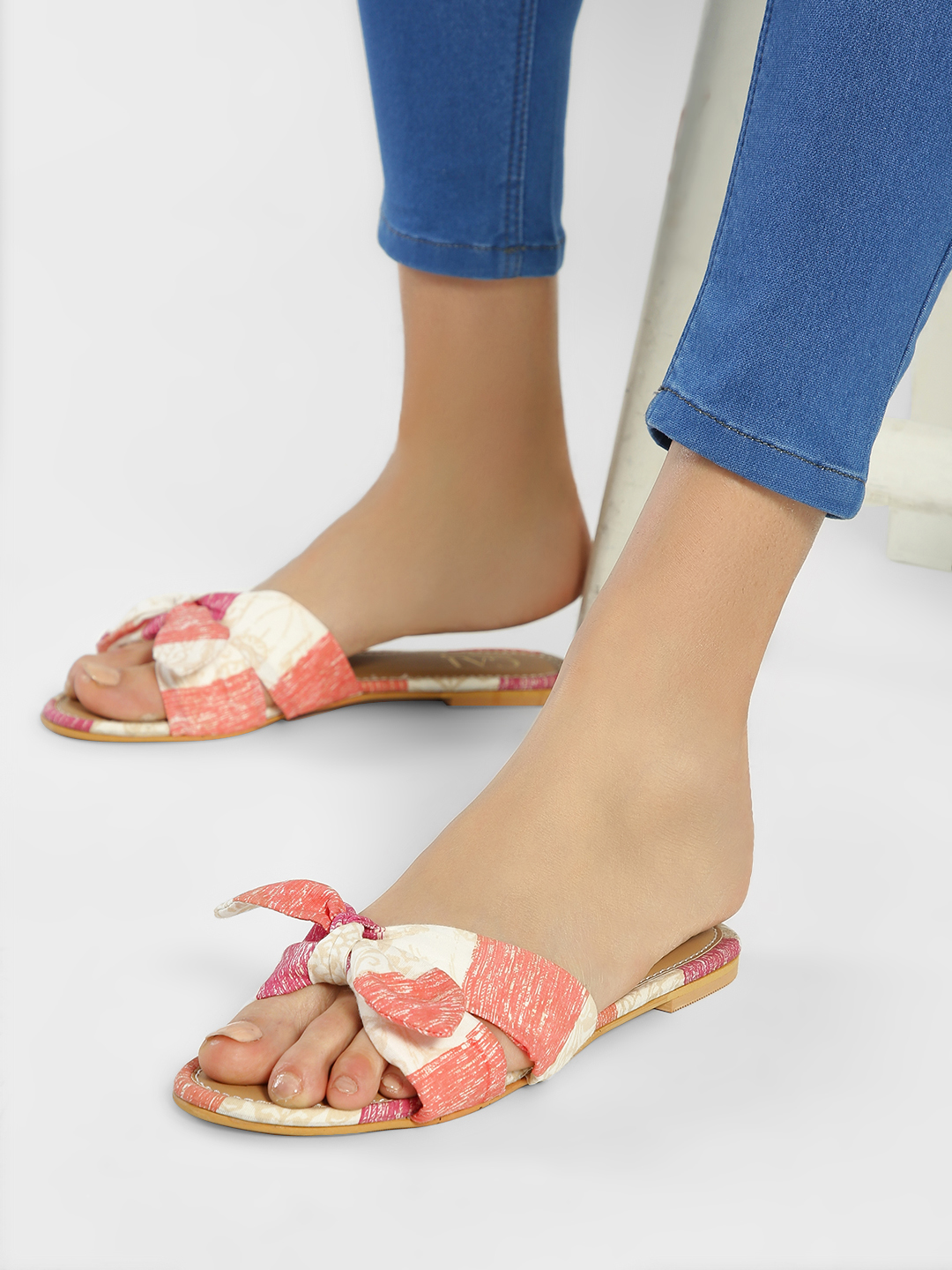 CAi Multi Striped Bow Detail Flat Sandals 1