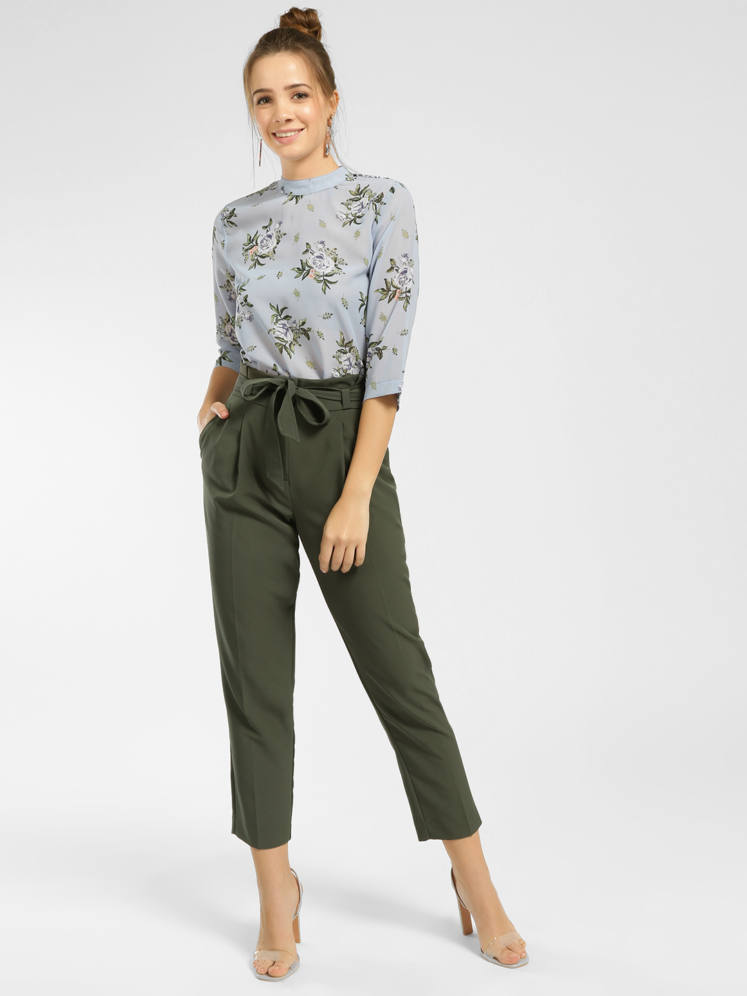 New Look Green Paperbag Waist Cropped Trousers 1