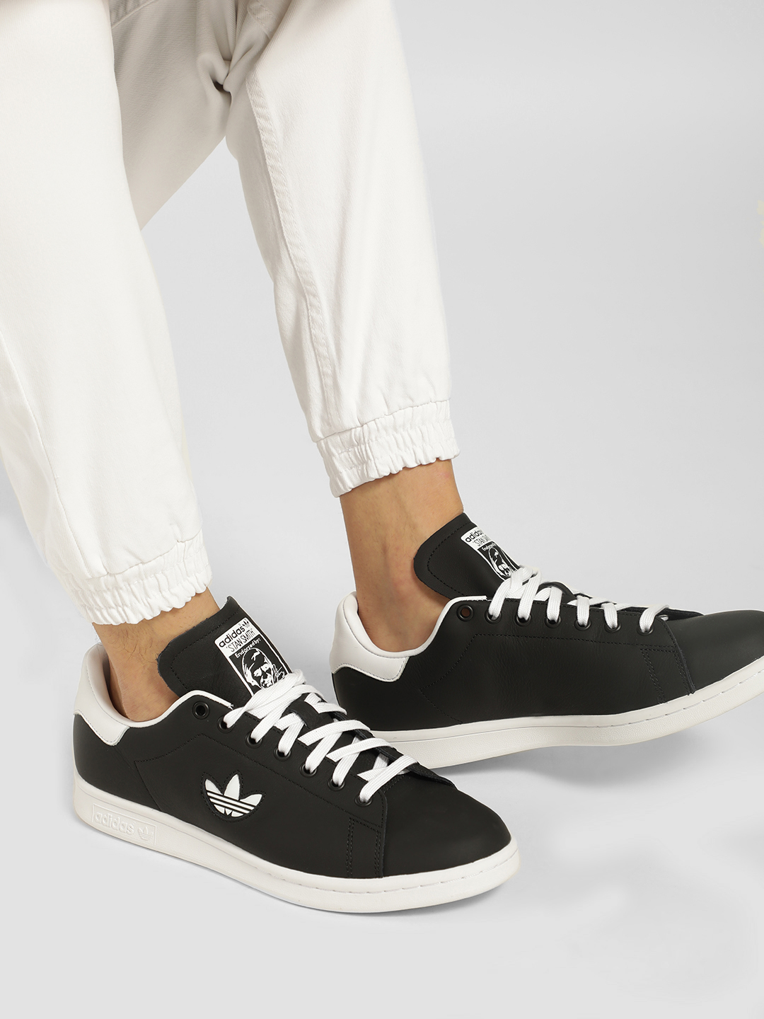 Adidas Originals Black Stan Smith Shoes 1