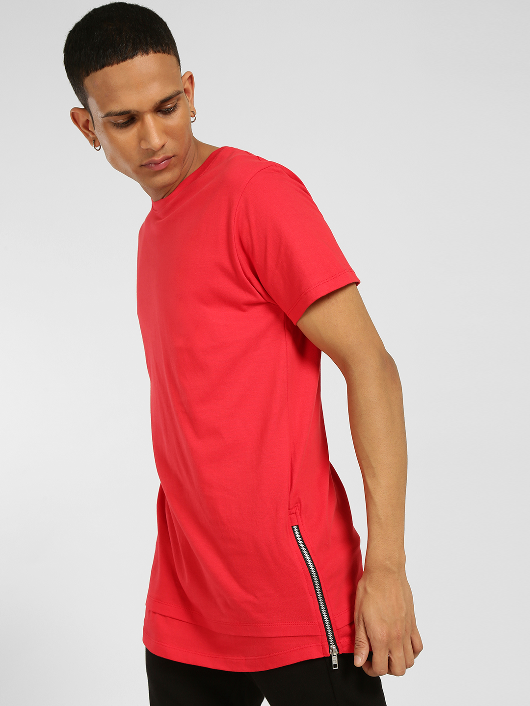 SKULT By Shahid Kapoor Red Zippered Hem Longline T-Shirt 1