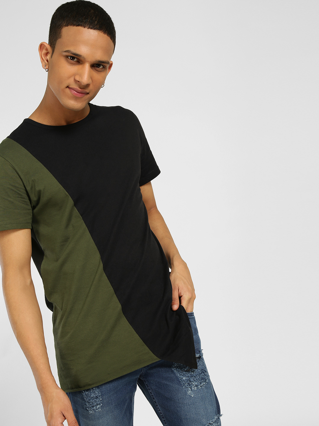 SKULT By Shahid Kapoor Multi Colour Block Asymmetric Hem T-Shirt 1