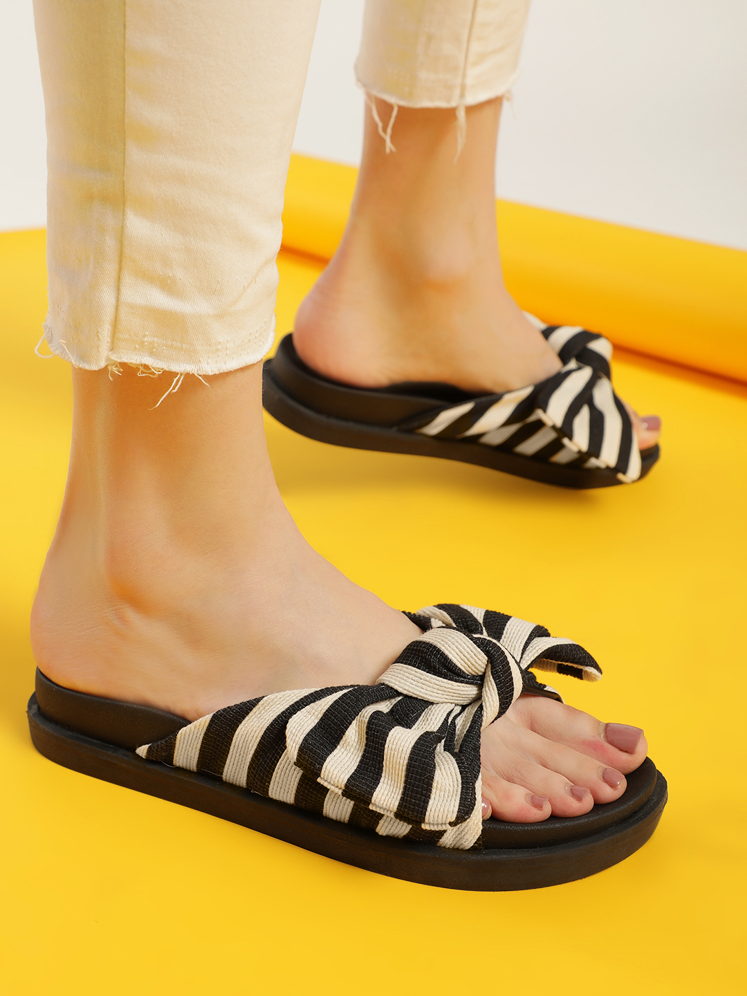Truffle Collection Black Striped Bow Detail Slides 1
