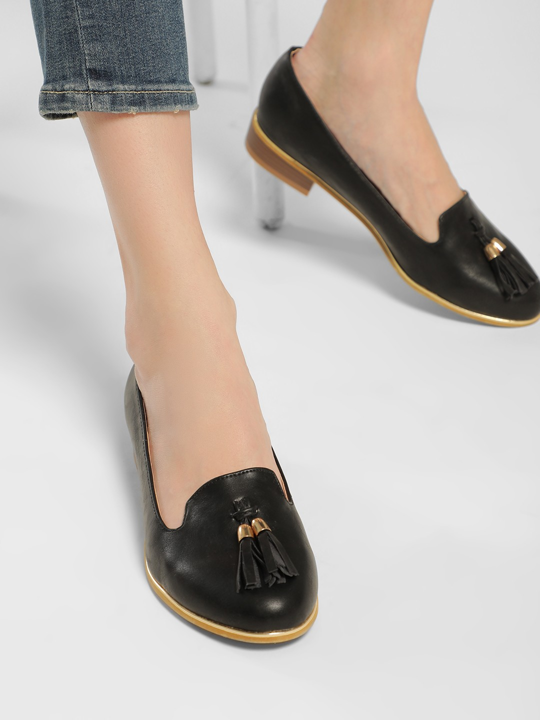 Truffle Collection Black Basic Tassel Detail Loafers 1