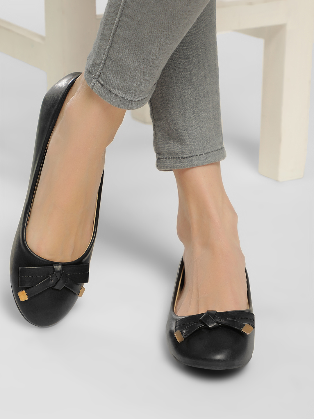 Truffle Collection Black Basic Bow Detail Ballerinas 1