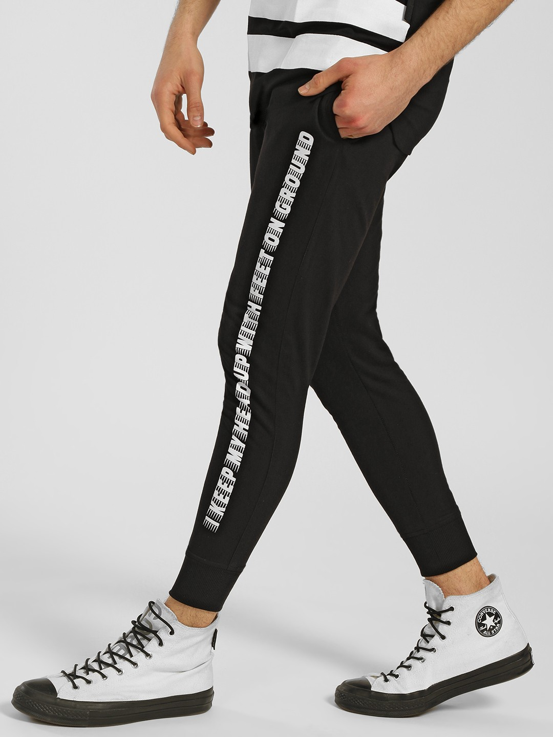 Tiktauli Black Side Slogan Print Joggers 1