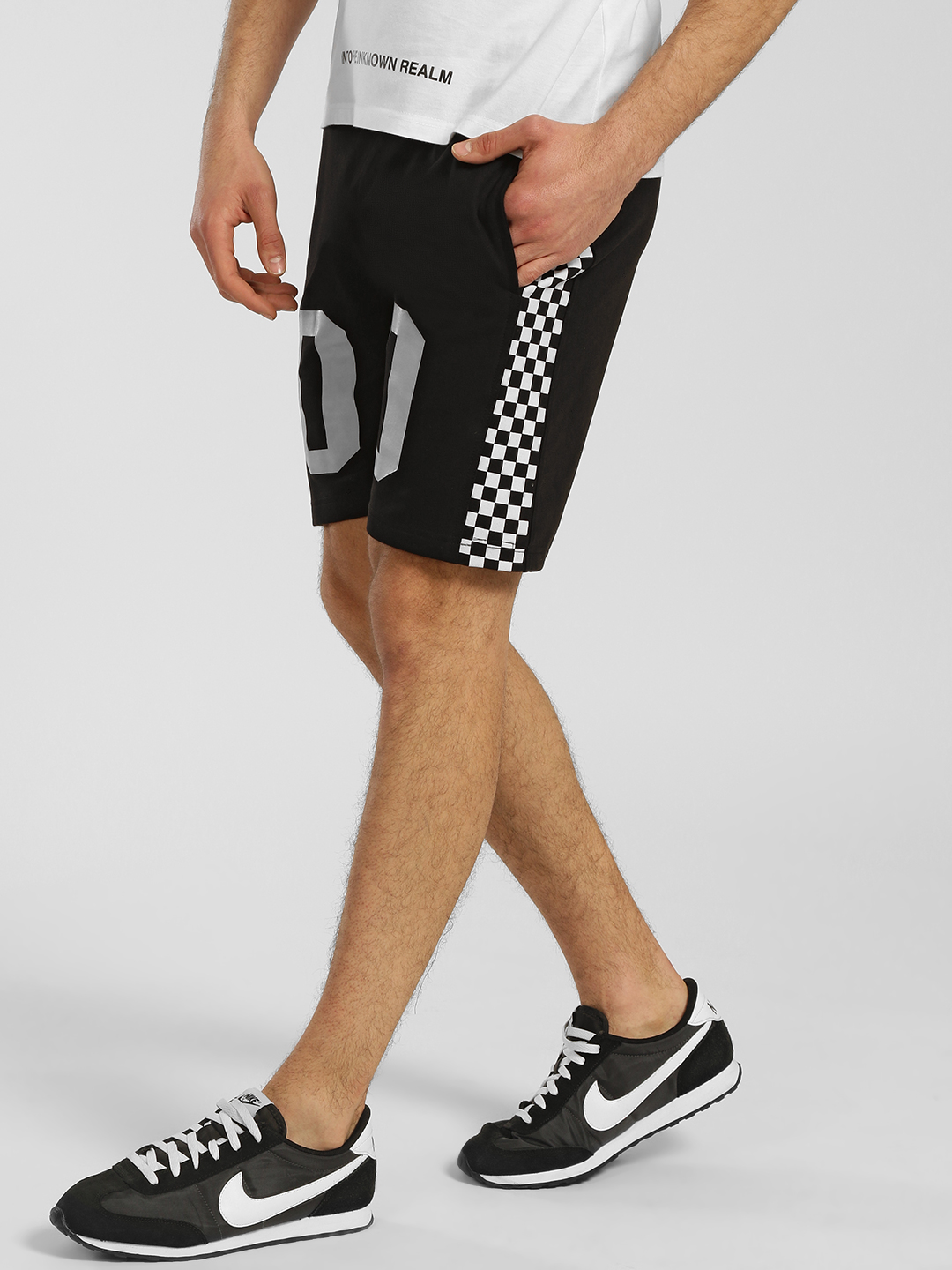 Tiktauli Black Contrast Side Checkerboard Shorts 1