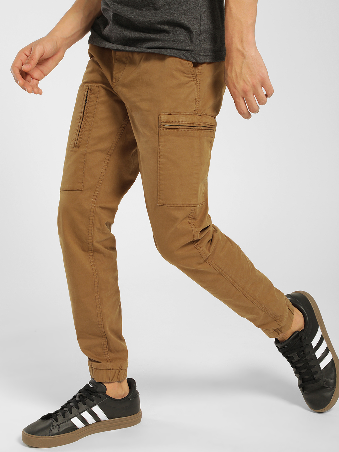 Celio Brown Basic Cargo Pants 1