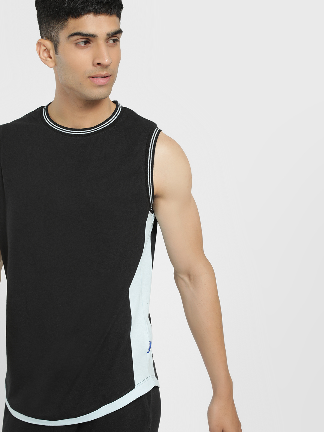 Blue Saint Black Contrast Panel Slim Tank 1