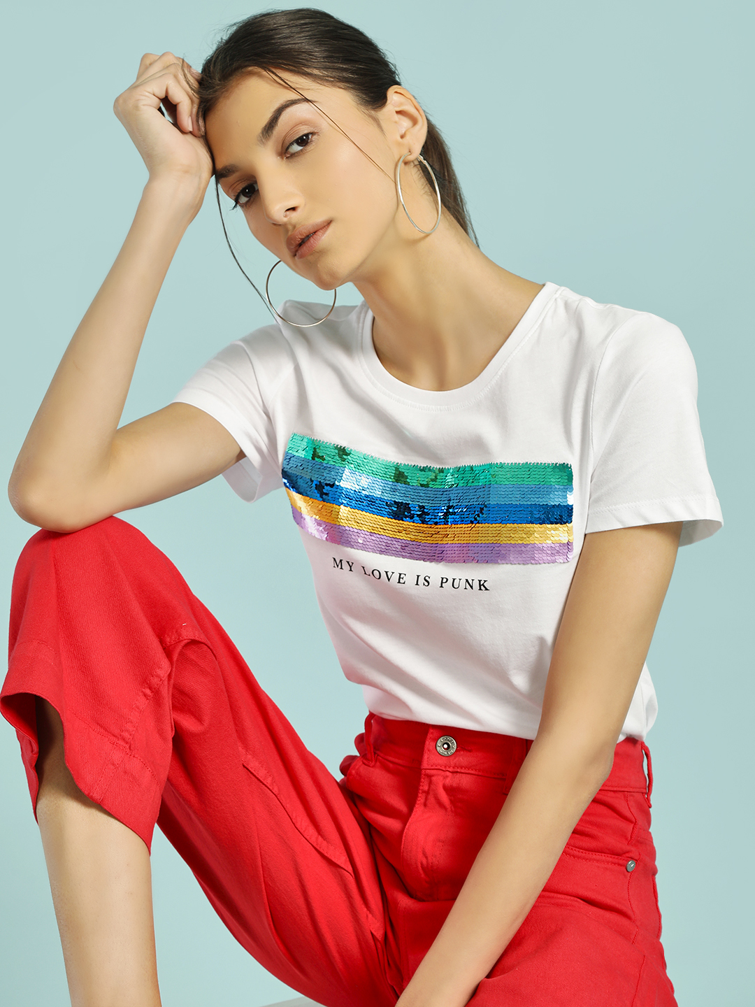 Only White Sequin Patch Slogan Print T-Shirt 1