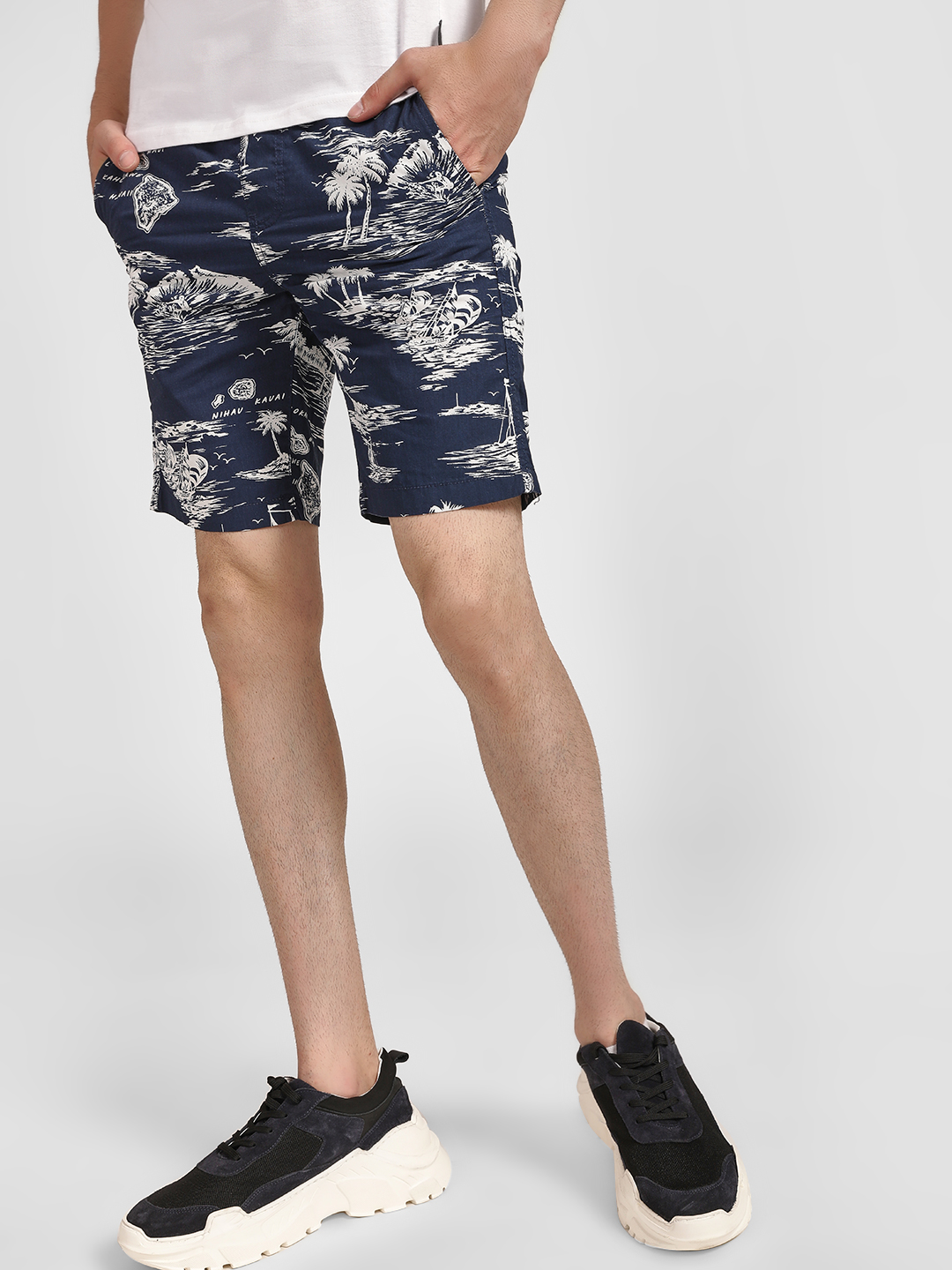 D-Struct Blue Tropical Island Print Shorts 1