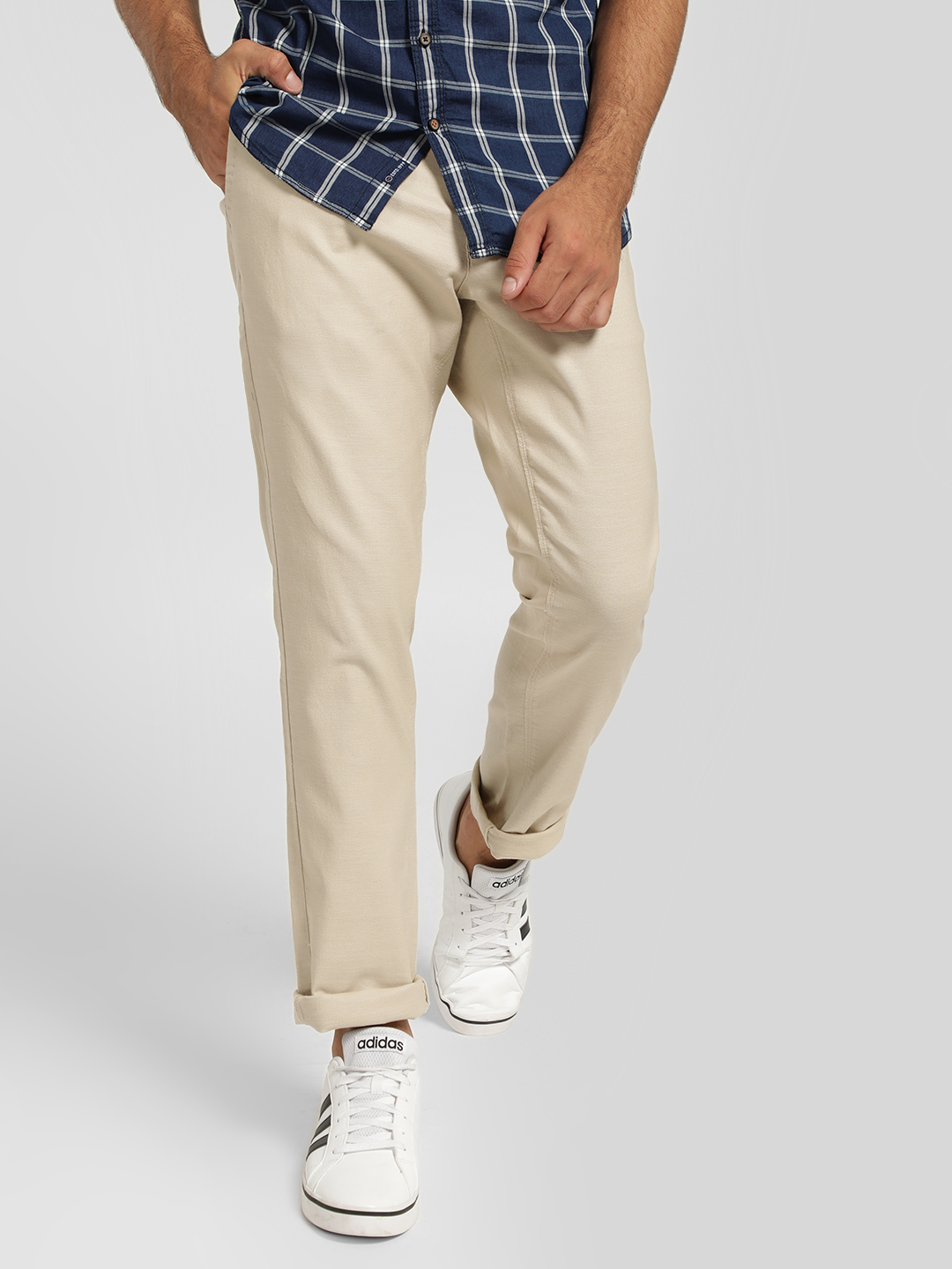 SCULLERS Beige Basic Regular Fit Trousers 1