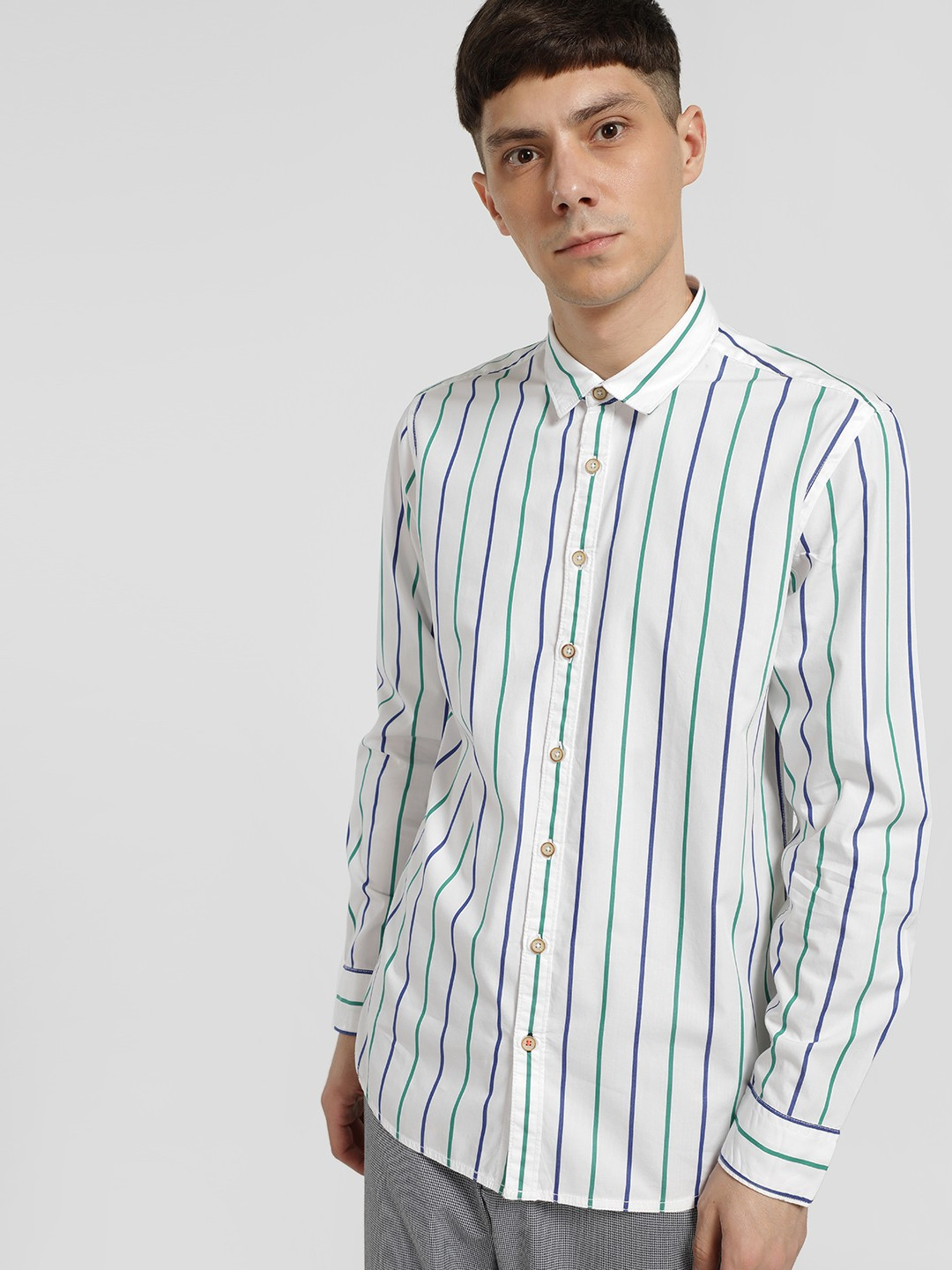 SCULLERS White Vertical Stripe Long Sleeve Shirt 1