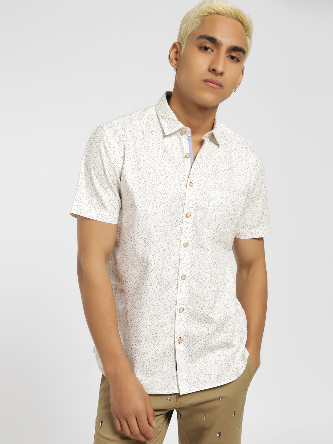 SCULLERS White Short Sleeve Printed Oxford Shirt 1