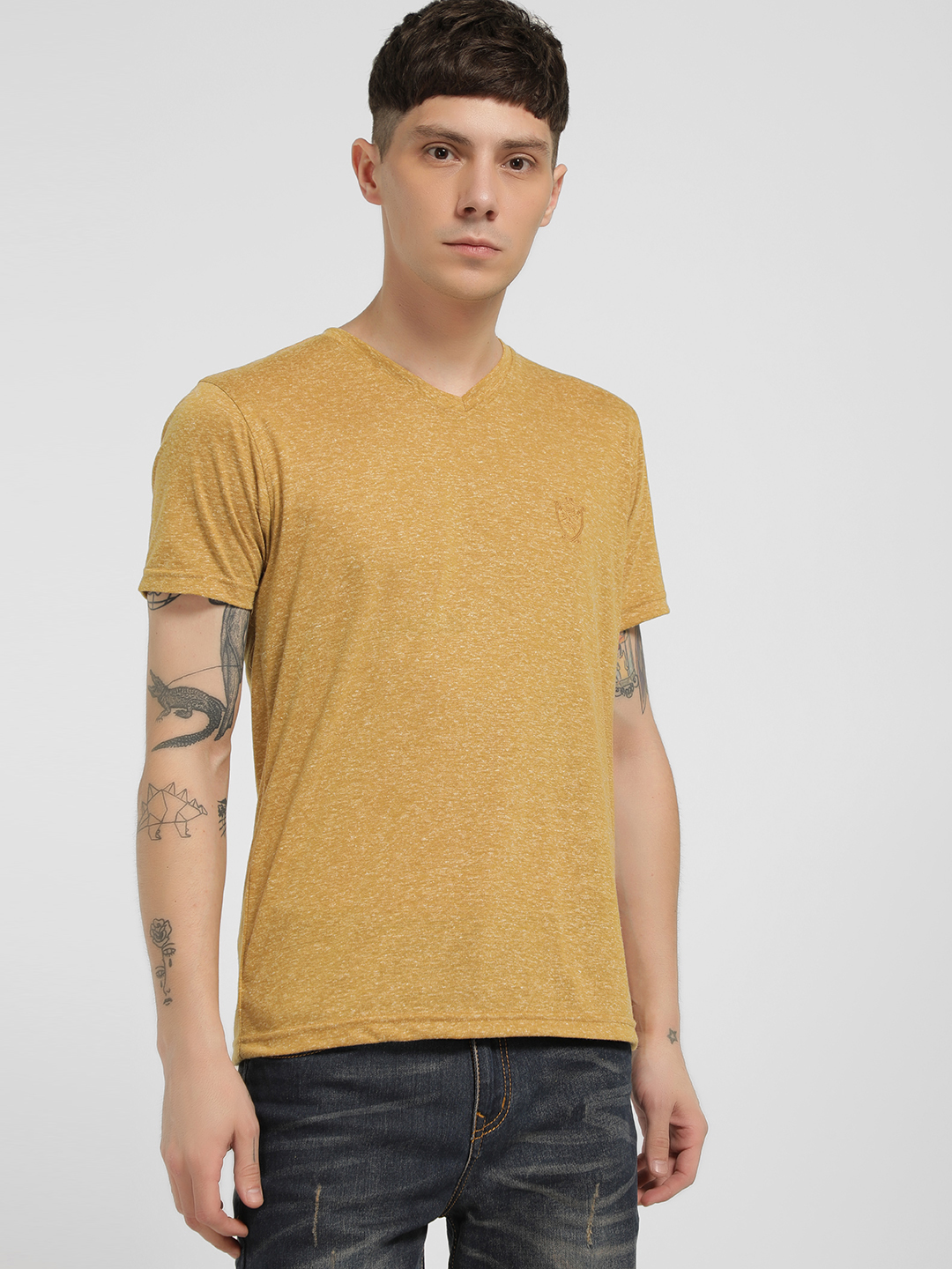 SCULLERS Yellow Short Sleeve V-Neck T-Shirt 1