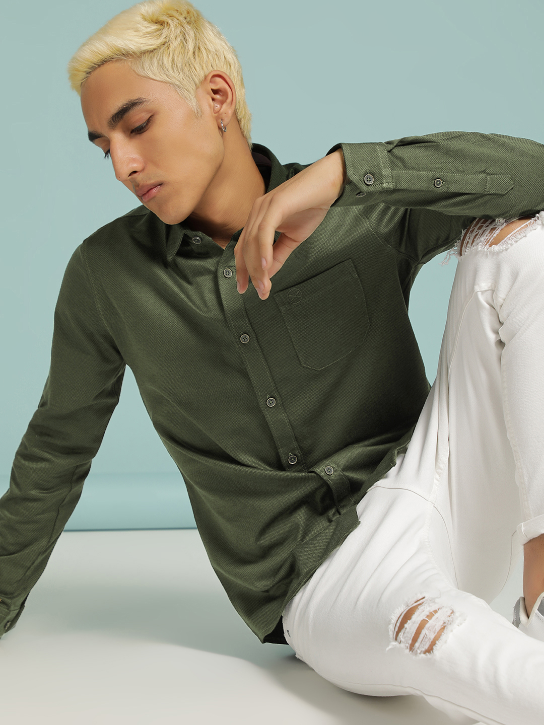 SCULLERS Green Textured Slim Fit Shirt 1