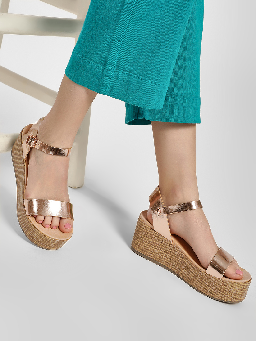New Look Rose Gold Metallic Strap Flatform Sandals 1