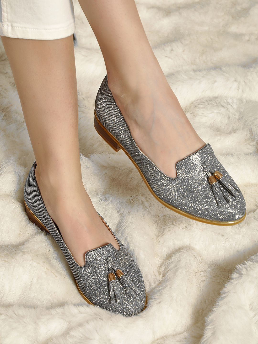 Truffle Collection Silver Glitter Tassel Detail Moccasins 1