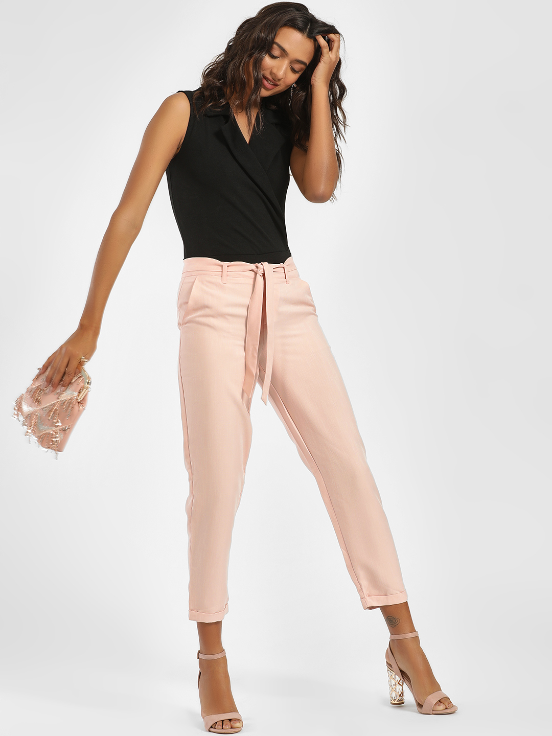 LC Waikiki Pink Textured Front Tie-Up Cropped Trousers 1
