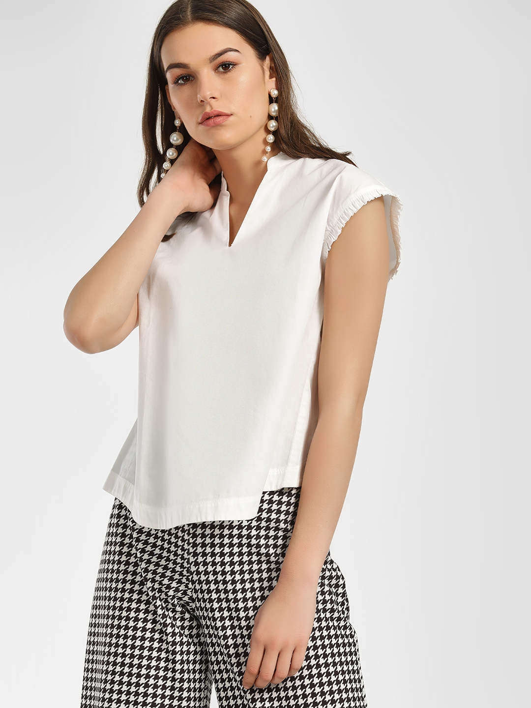 ISU White Cut-Out Button Back Blouse 1