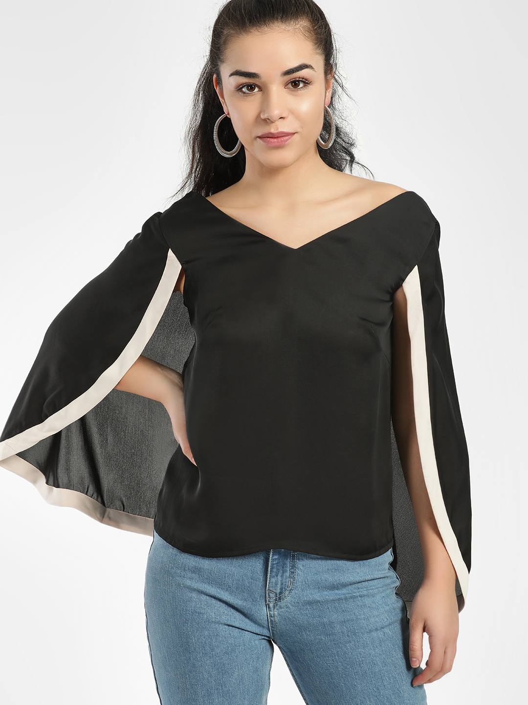 Oliv Black Contrast Border Cape Top 1