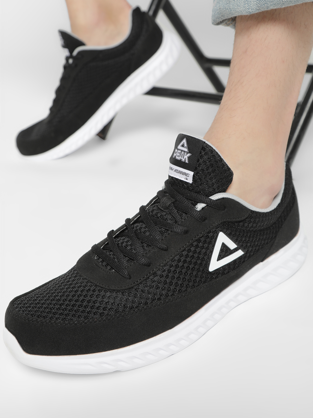 Peak Black Mesh Suede Panel Running Shoes 1