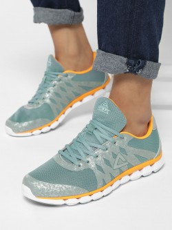 Peak Knit Panelled Running Shoes