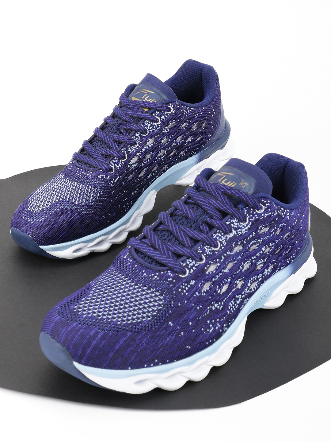Peak Blue Knit Panelled Running Shoes 1