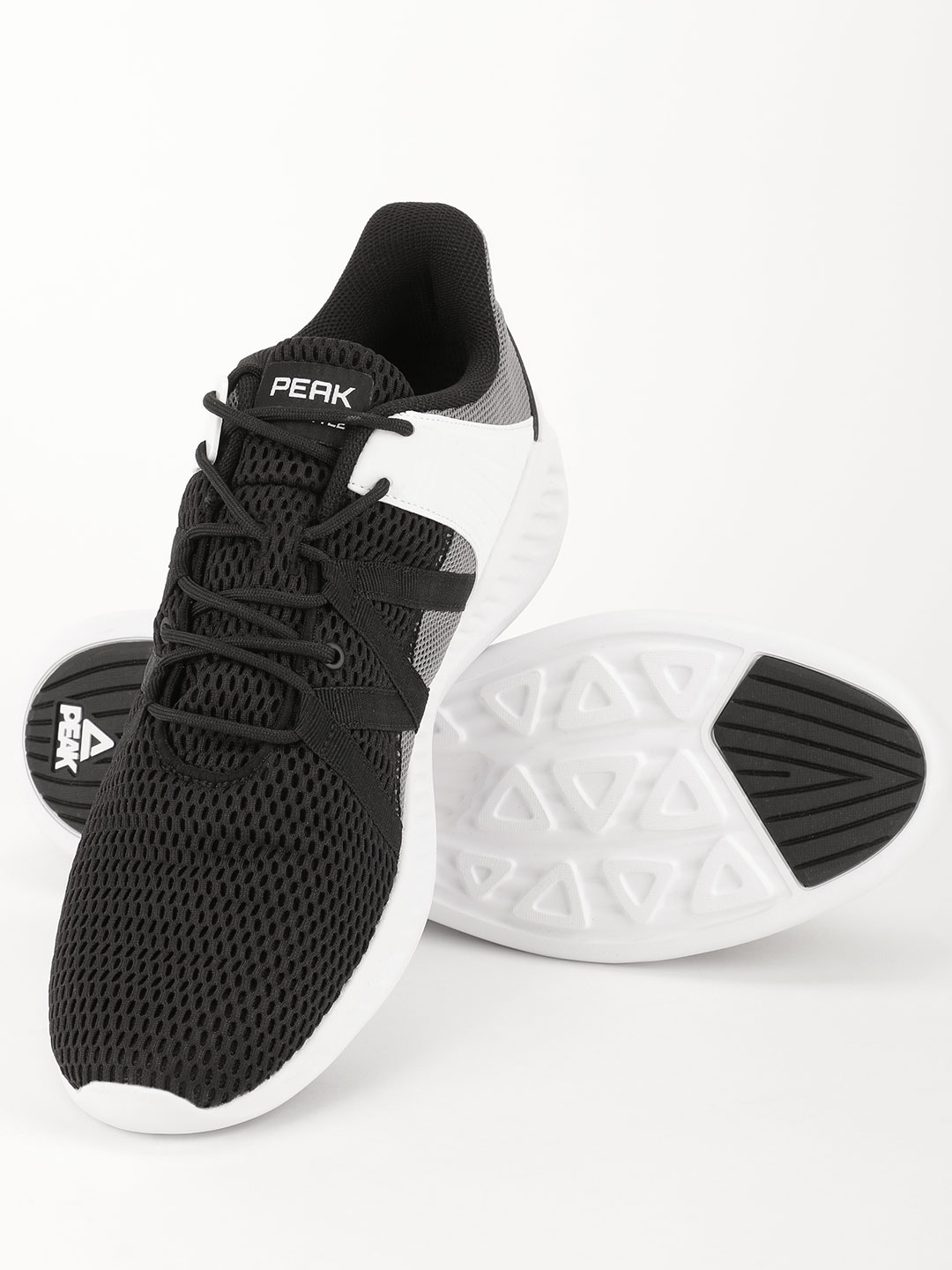 Peak Black Knitted Running Shoes 1