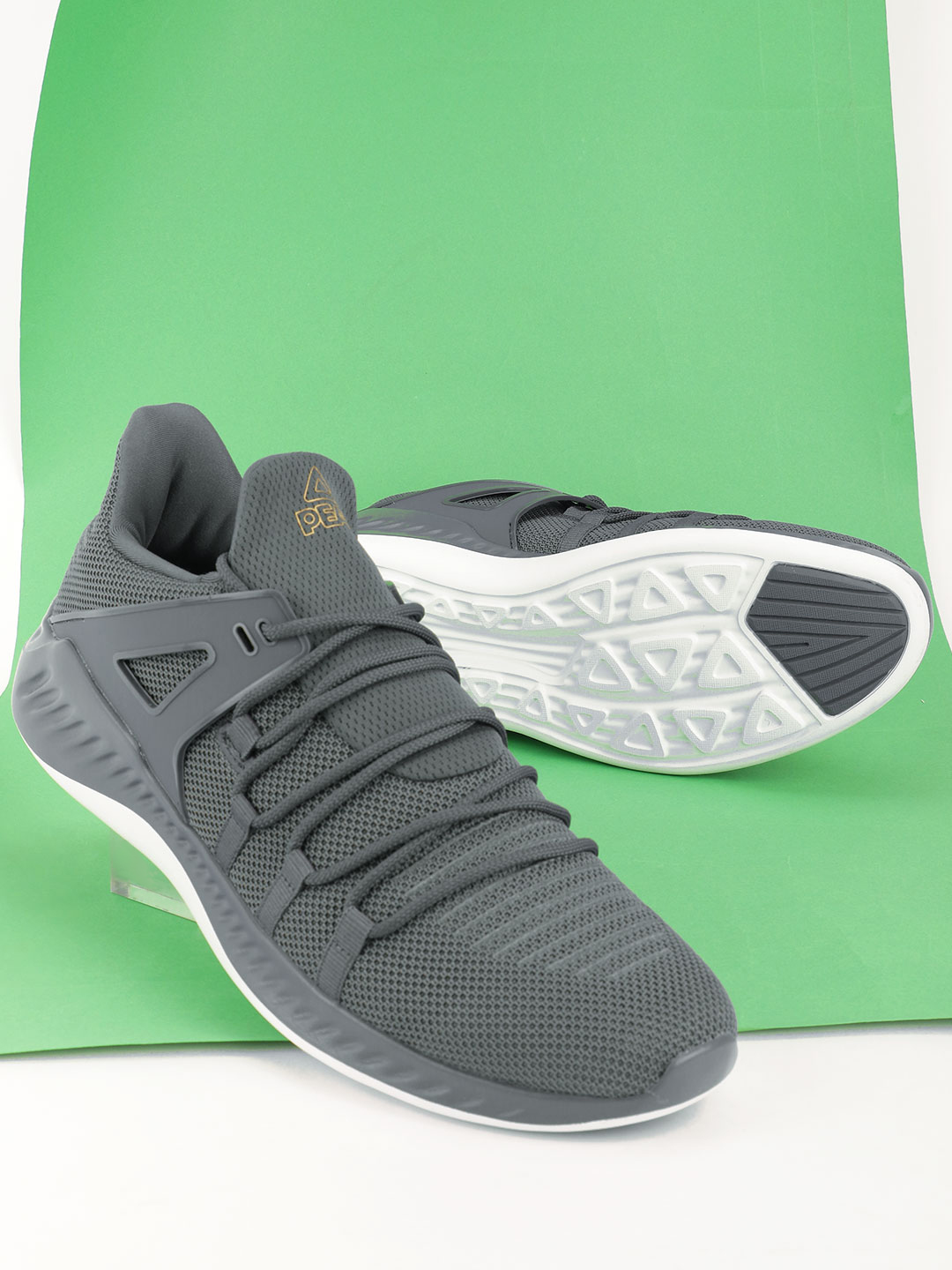 Peak Grey Knitted Running Shoes 1