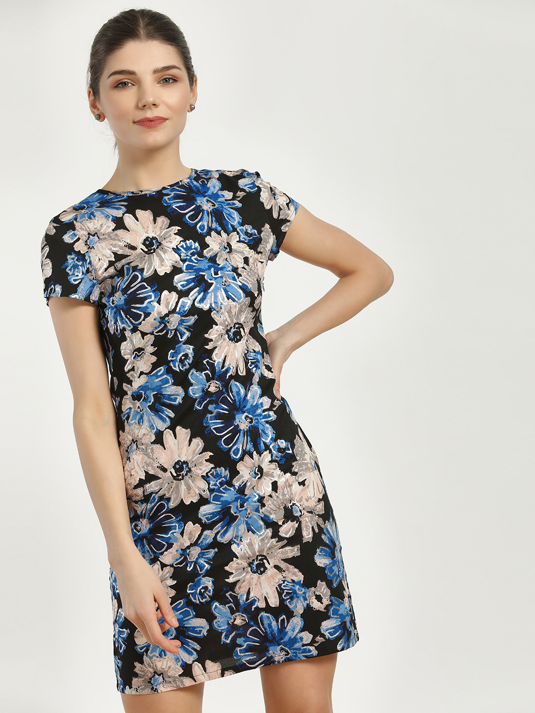 Magzayra Black Large Floral Print Shift Dress 1