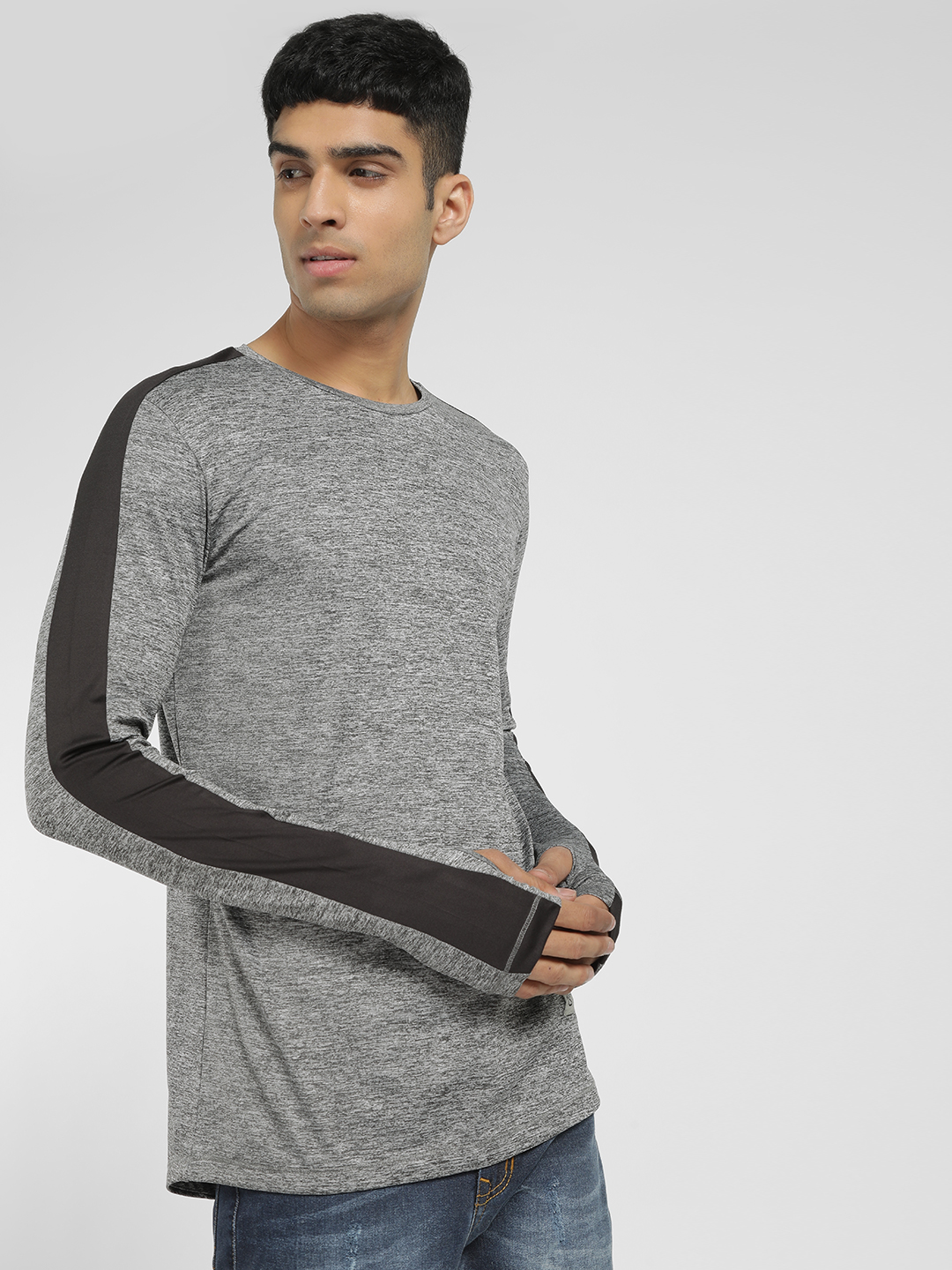 SKULT By Shahid Kapoor Grey Printed Basic Thumbhole Sleeve T-Shirt 1