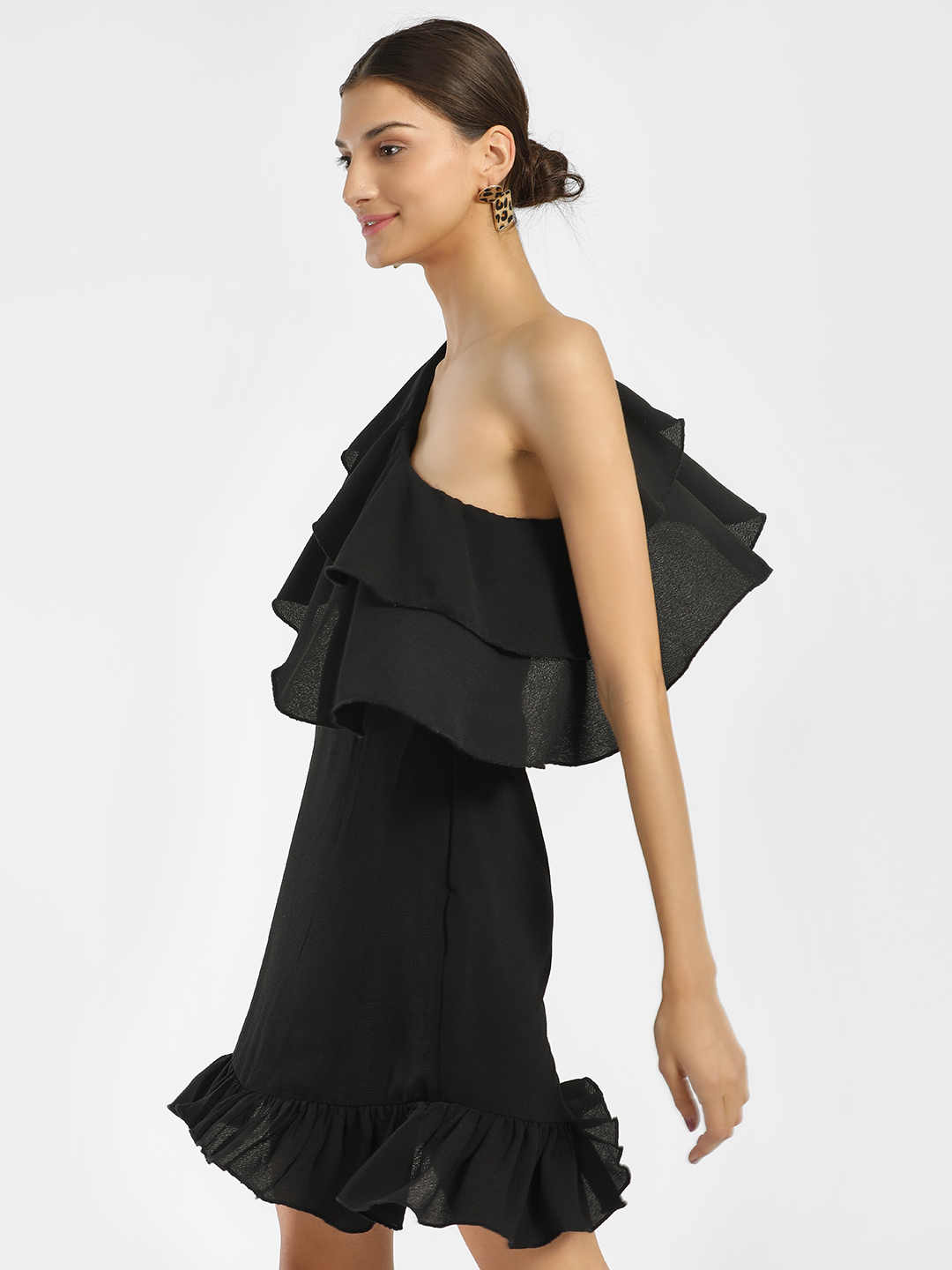 KOOVS Black One Shoulder Frill Shift Dress 1
