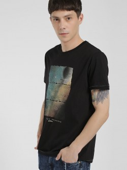 Disrupt Placement Print Crew Neck T-Shirt