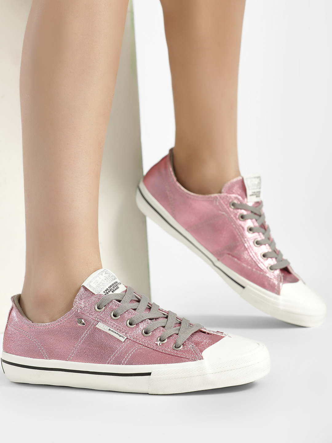 BRITISH KNIGHTS Pink Metallic Detail Sneakers 1