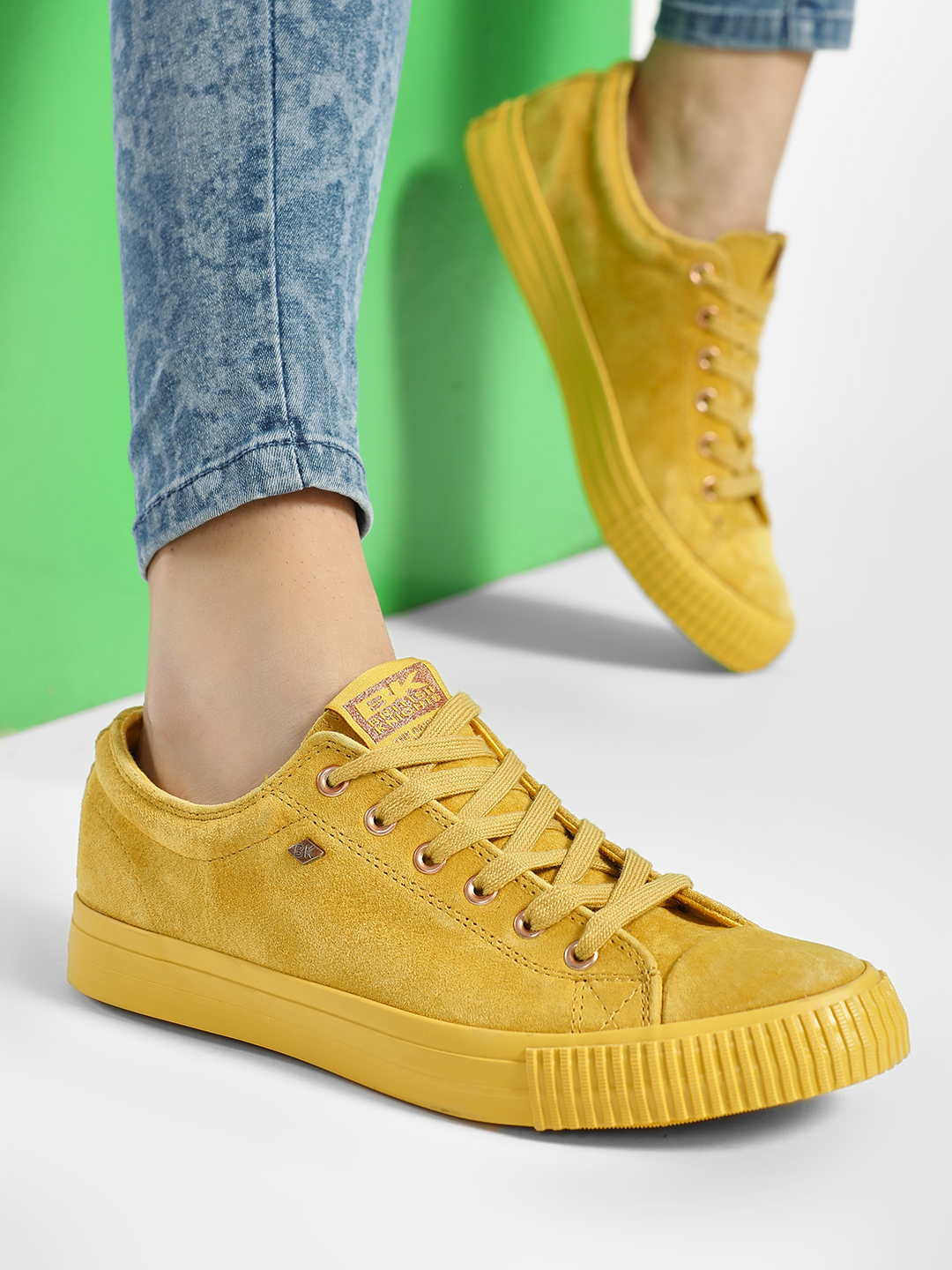 BRITISH KNIGHTS Yellow Suede Lace-Up Sneakers 1