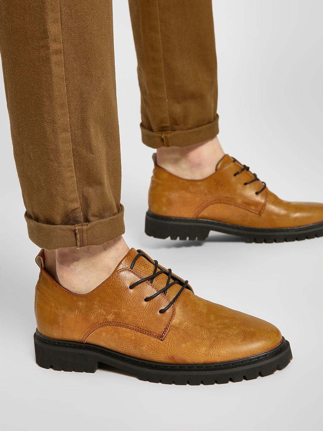 KOOVS Brown Cleated Sole Derby Shoes 1