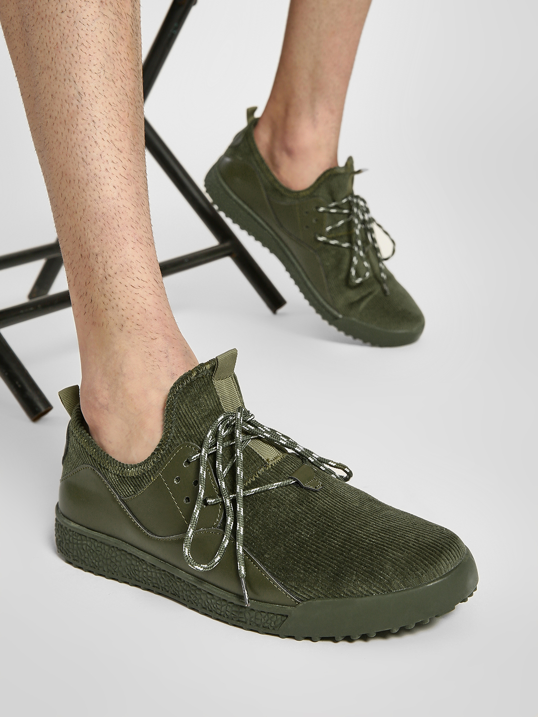 Kindred Green Corduroy Casual Shoes 1