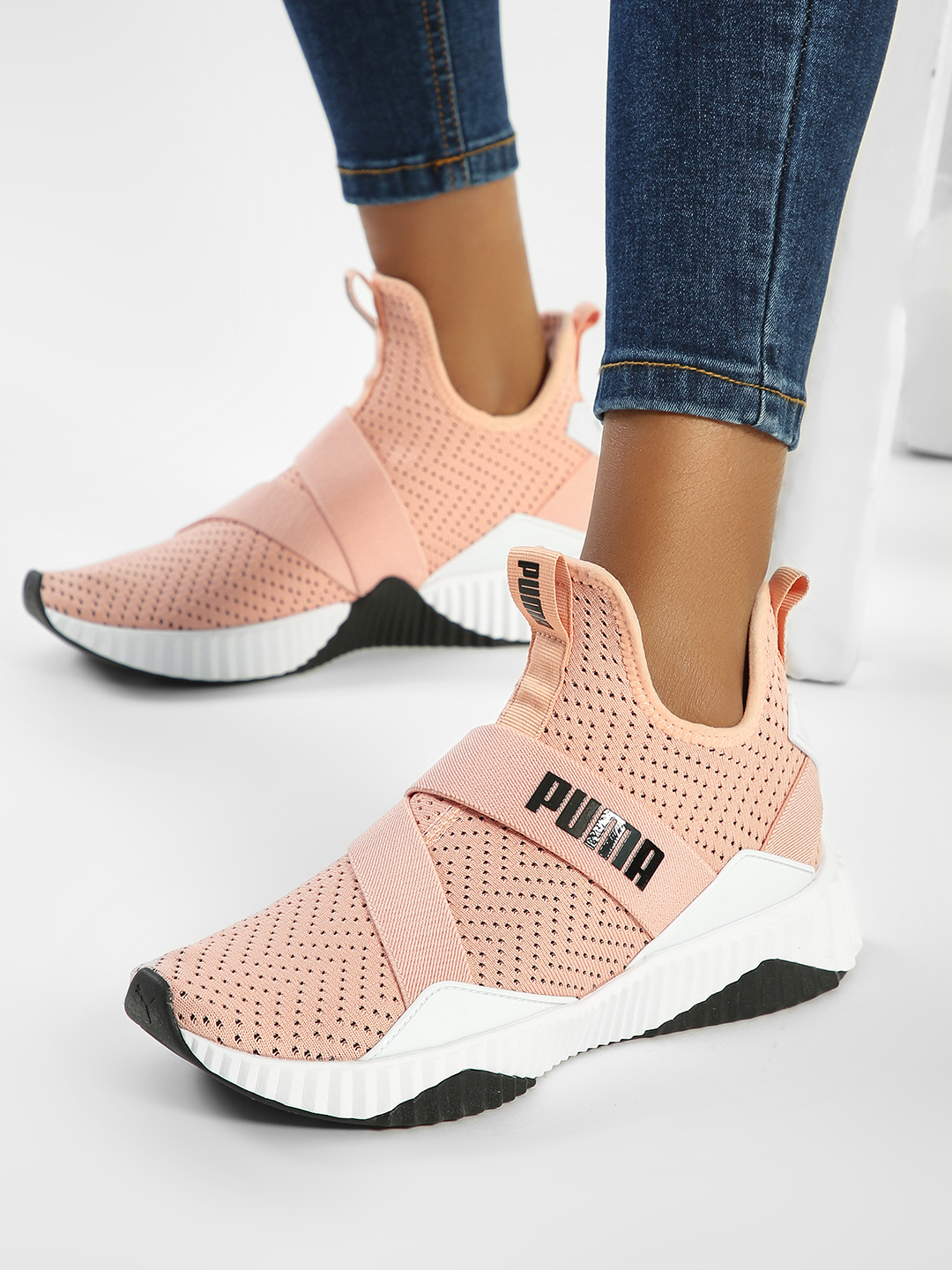 Puma Pink Defy Mid Core Sneakers 1