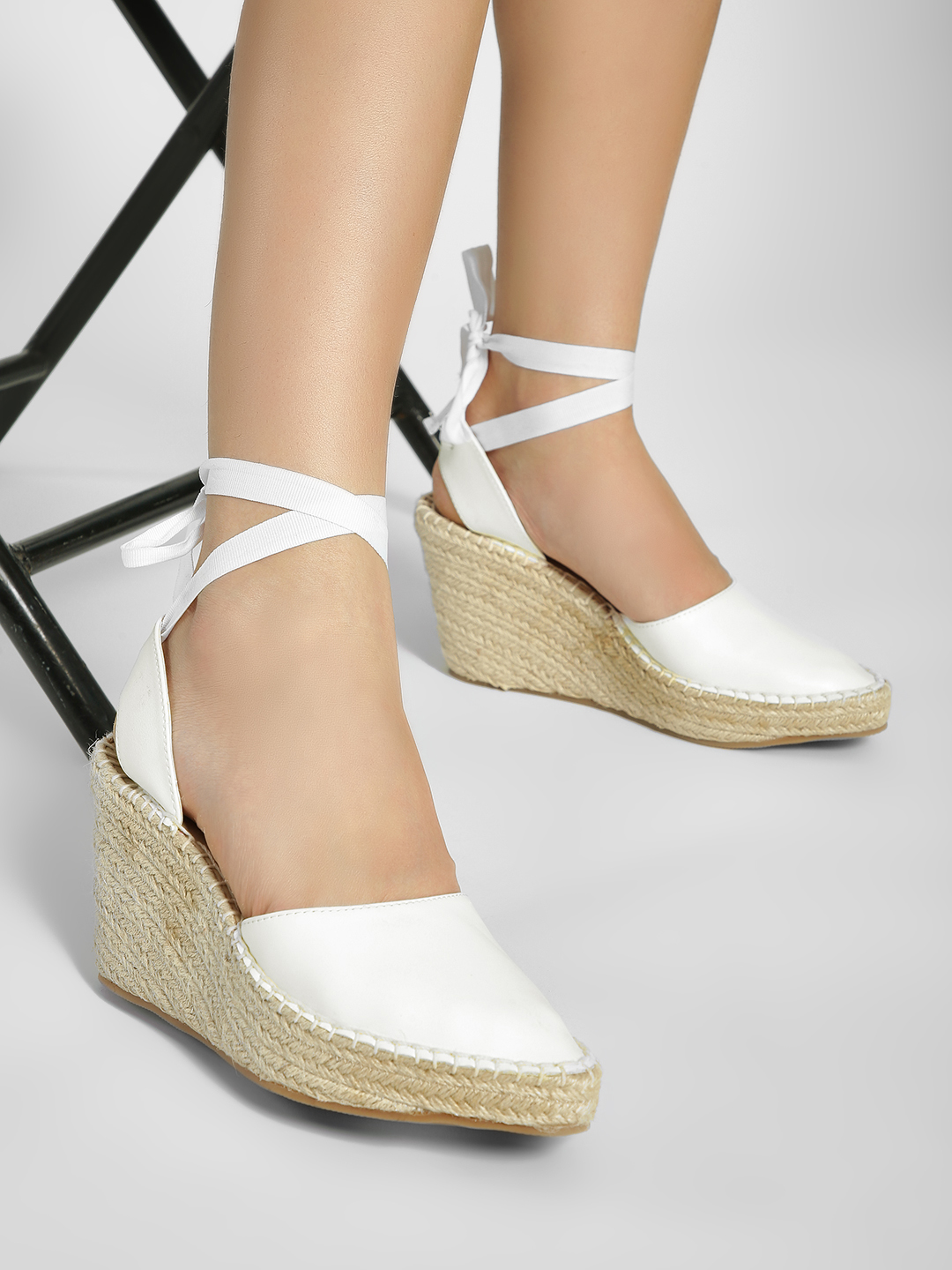 ILLIMITE White Ankle Tie Stacked Espadrille Wedges 1