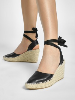 ILLIMITE Ankle Tie Stacked Espadrille Wedges