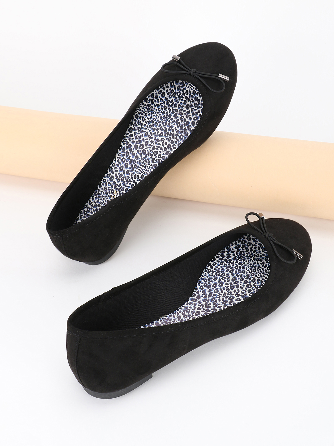 New Look Black Suede Bow Detail Ballet Pumps 1